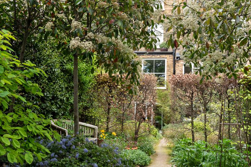 Hammersmith walled garden down path